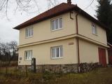 Oprava střechy v Poříně, oprava kapličky v Chotčinách, oprava klubovny v Prasetíně - foto č. 1
